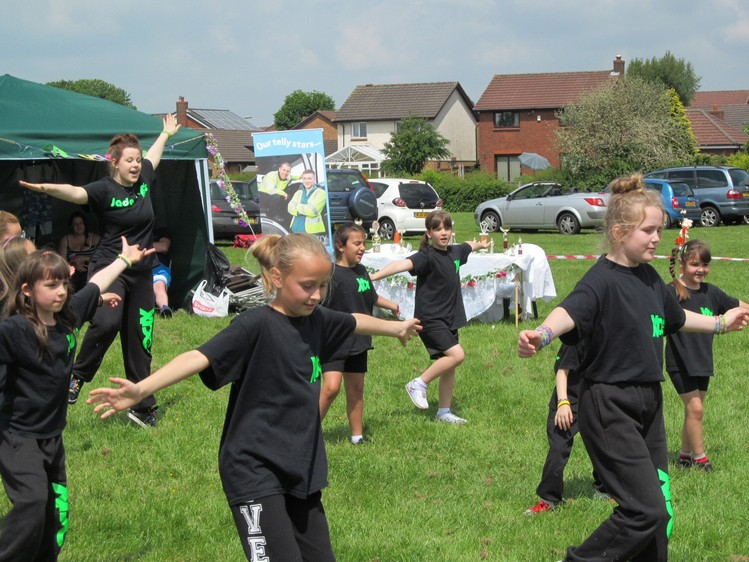 Westhoughton Community Network Fayre 2nd June 2013 - XDC perform some dance routines