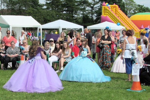 Westhoughton Community Queens Association Crowning of Royalty at Westhoughton Big Fun Day June 2014