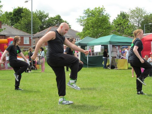 It's A Knockout 2nd June 2013 - XDC perform some dance routines