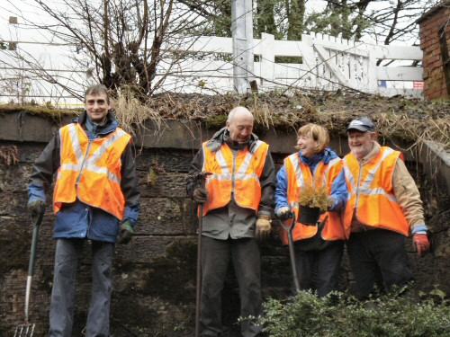 Friends of Westhoughton Station plant their first plant - 3rd Feb 2013
